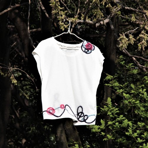 Gift French T-shirt with ribbon