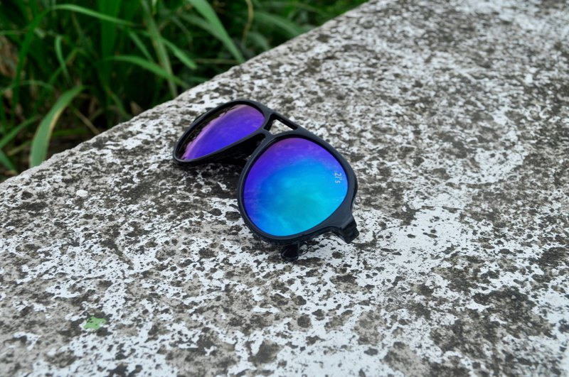 Sunglasses│ Aviator Black Frame│Blue Lens│UV400 protection│2isTaberT4