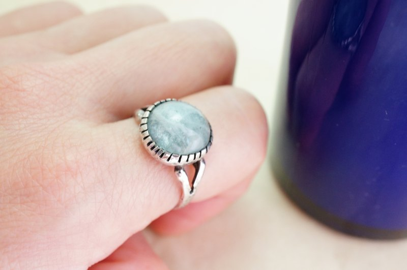 【janvierMade】Aquamarine Sterling Silver Ring / Handmade Aquamarine and 925 Sterling Silver