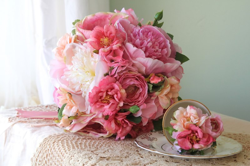 Bridal bouquets, European bouquets, bouquets, bouquets, made as bouquets, wedding bouquets, bridesmaid bouquets
