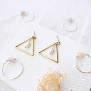 Freshwater Pearl Small Geometric Brass Series - Looks and Changeable Clips
