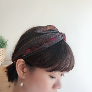 Adorn aluminum hair band