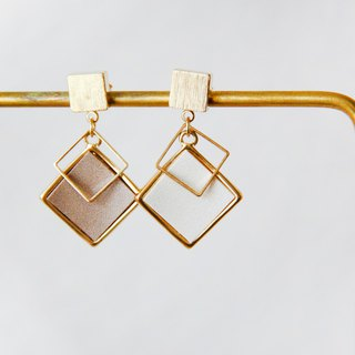 Both sides of the film - light coffee pendant earrings earrings [can be changed ear clips]