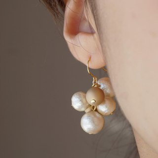 14 kgf by-color random pearl earrings gold