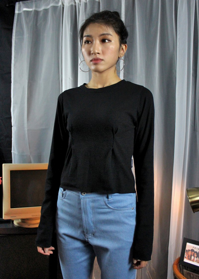 Small Pleated Top-Black