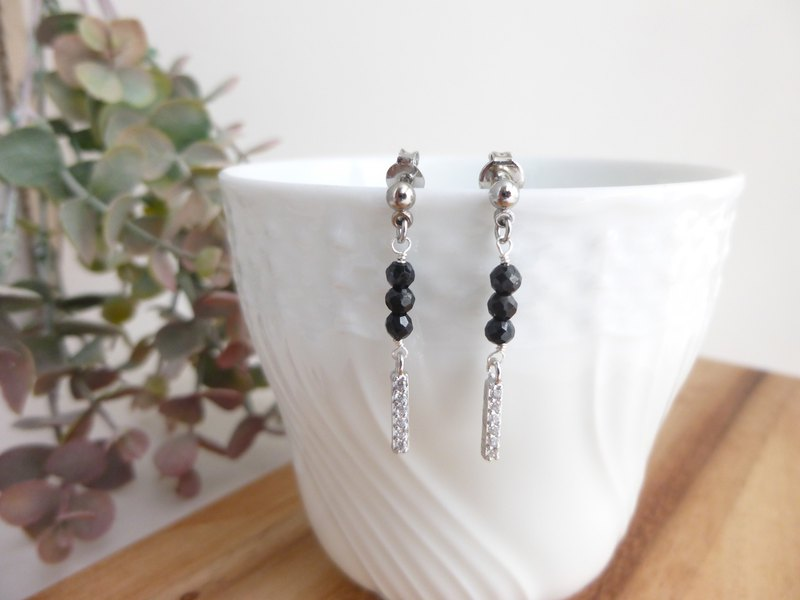 Black spinel earrings, earrings, stick charm S