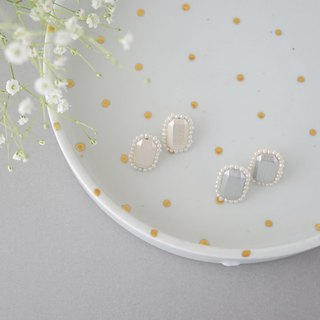 【14KGF】 Wood Bijou Pearl Earrings 【Gray】