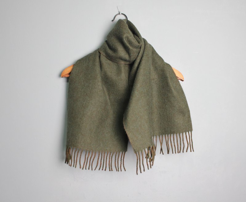 FOAK vintage Moonbat forest green pure wool scarf