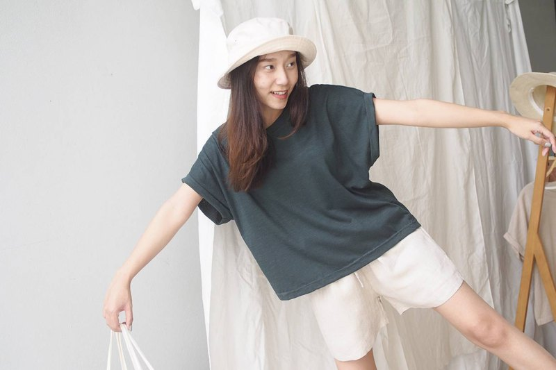 Basic T-shirt (Short sleeved) - Deep green