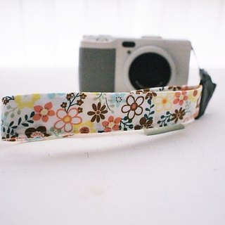 hairmo small yellow flower single-hole wrist camera with ID card / cell phone strap (single hole 17)