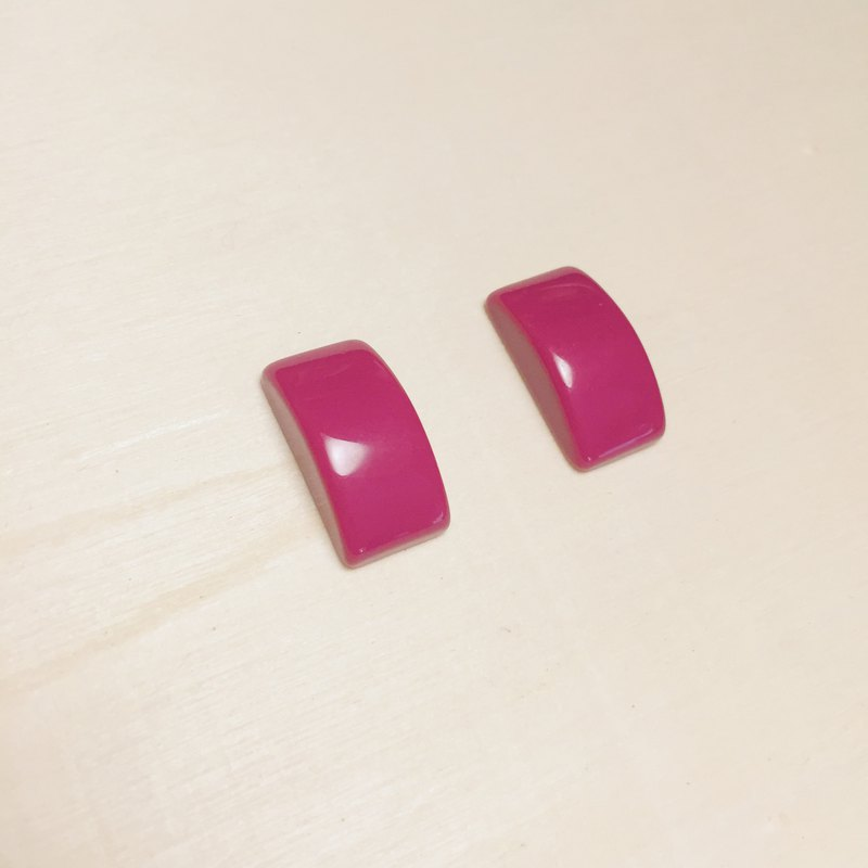 Vintage pink square earrings ear clip