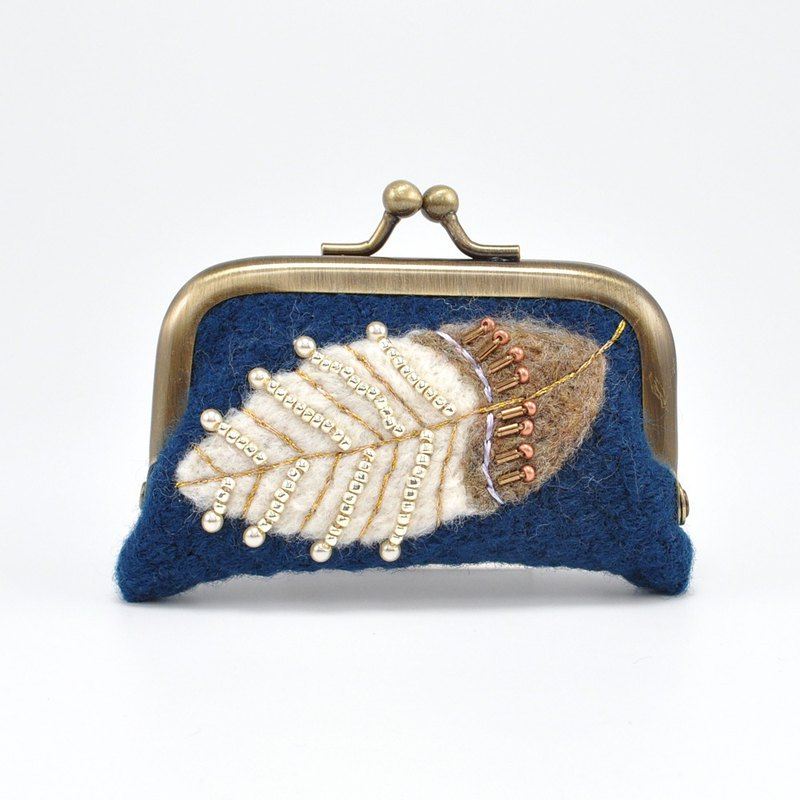 tiny purse with frame, coin purse, leaf pattern purse, blue purse, No,1