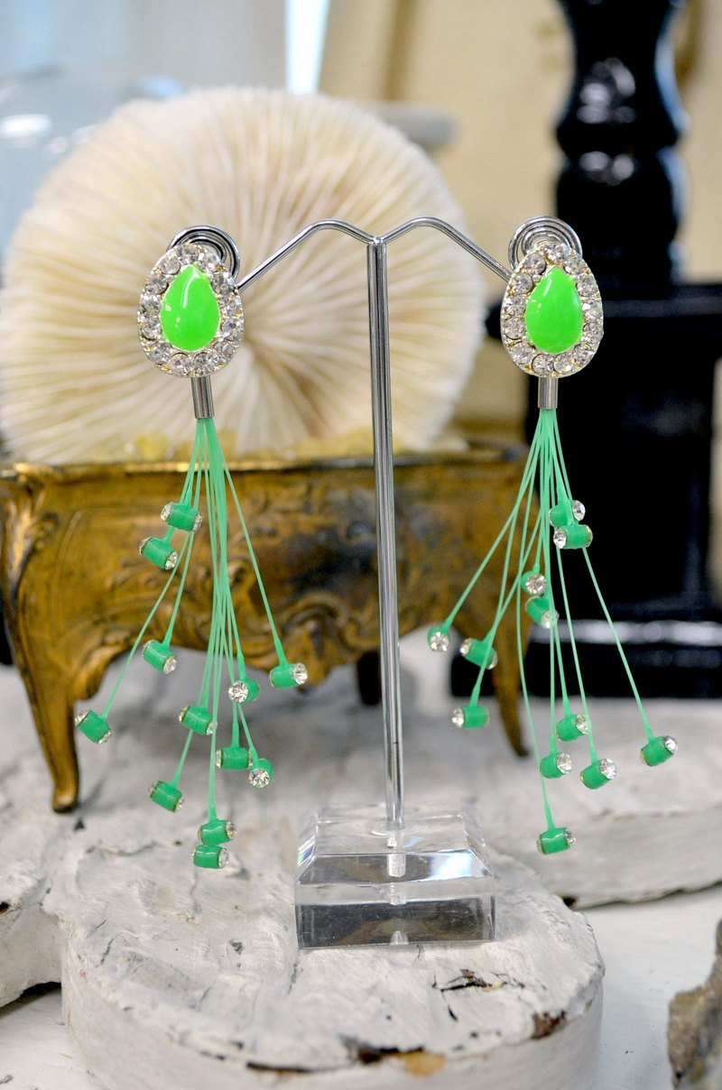 TIMBEE LO Meteor Earrings Plastic Light Decorative Crystal Decorative