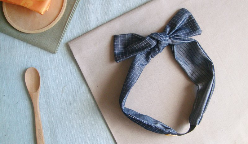 Undercover denim l limited l bow tie tied tie hair band