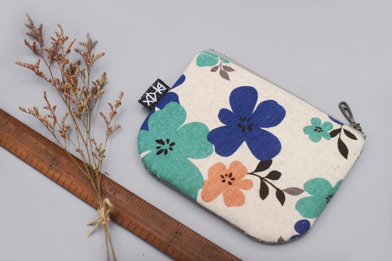 Ping An Xiaole Bag-Small blue flower, feels Japanese cotton and linen, double-sided two-color