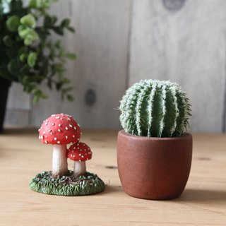 Japan Magnets super fun stationery imaginary paper clip storage red double head umbrella mushroom (Amanita muscaria)