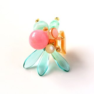 Pink. Pink and green semi-precious stones sword-shaped petal earrings (1 for sale)