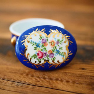 British mini porcelain jewelry box blue oval B