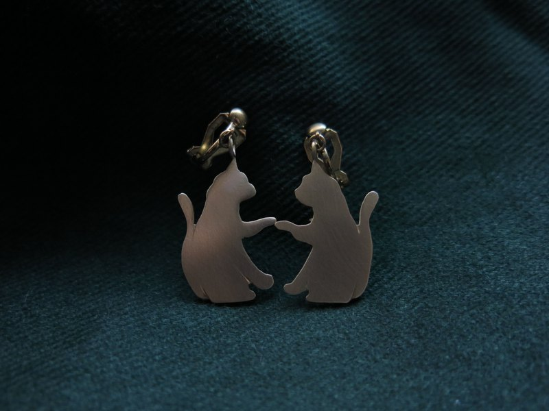 Touch your soul cat earrings