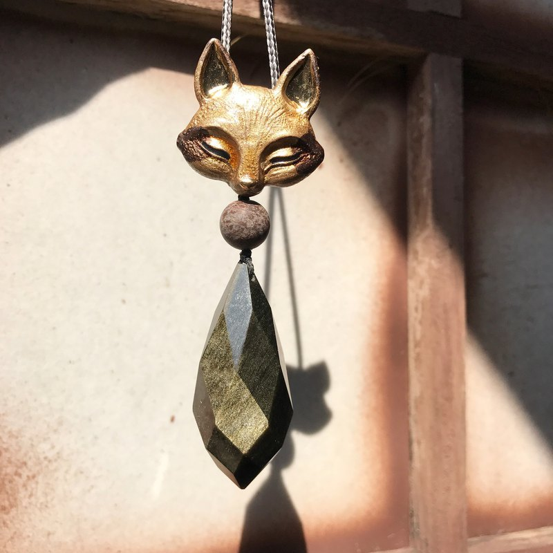 Lost and find】 【natural stone gold stone fox small necklace.