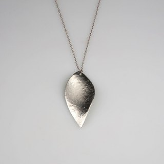 Pure tin leaf necklace (ice pattern)