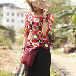 Good hand made spring and summer handmade straight heart lace short sleeve female Bohemian travel hollow woven top