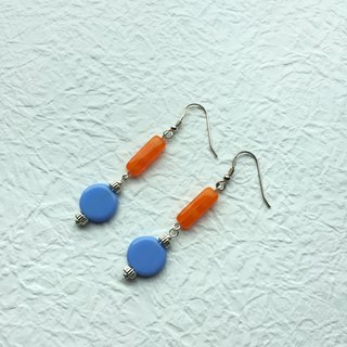 Pendulum (periwinkle color) )earrings