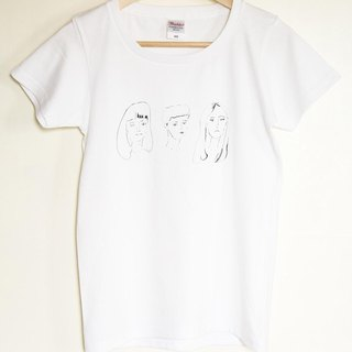 「GIRLS' POWER」Tシャツ