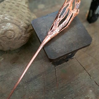 Red copper forest hair pin