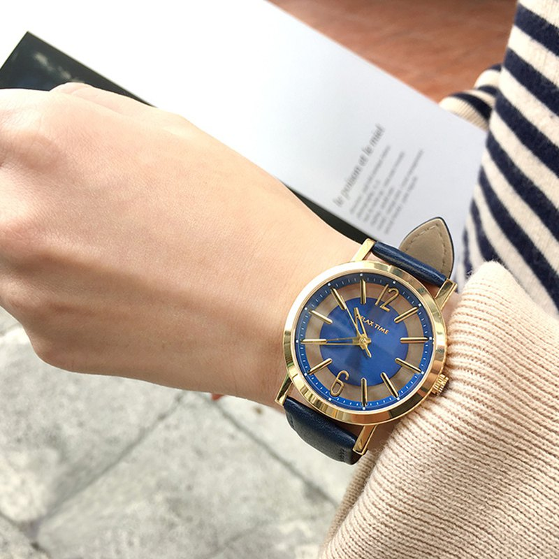[welfare] RELAX TIME light fashion short hollow watch - gold x blue RT-56-13S