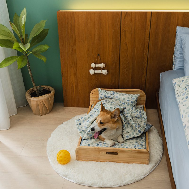 WOODEN PET BED / L