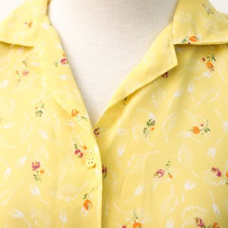 Retro Japanese Made Sweet Cute Floral Yellow Short Sleeve Vintage Shirt Vintage Blouse