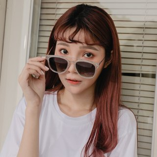 Fashion Eyewear - Sunglasses Sunglasses / Krystal Clear White