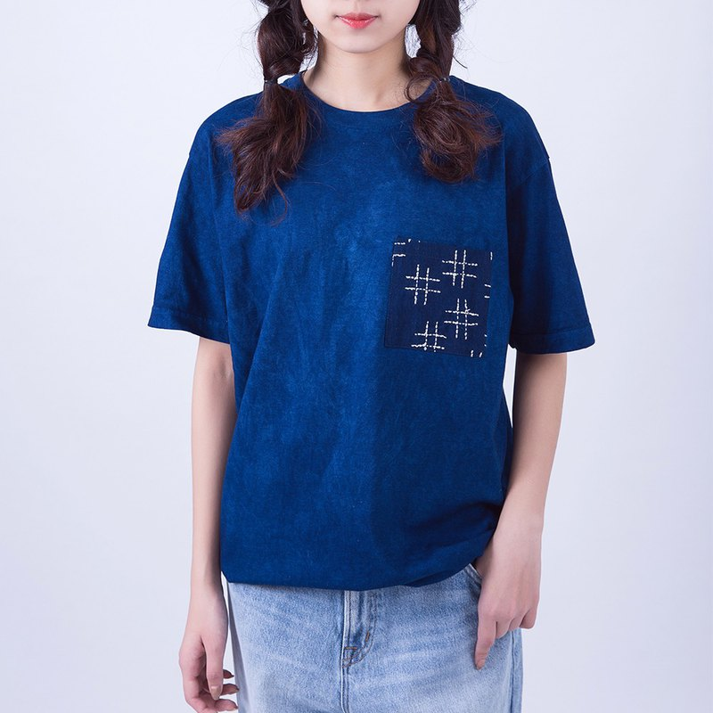 Ancient method plant blue dyed cotton thorn embroidery T-shirt