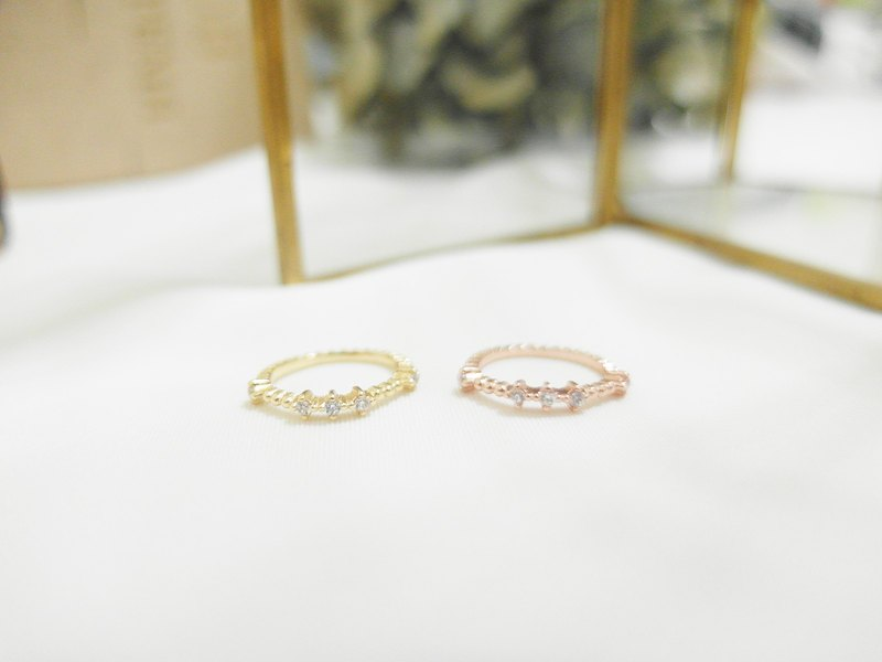 Small Diamond Bracelet Ring - Golden / Rose Gold