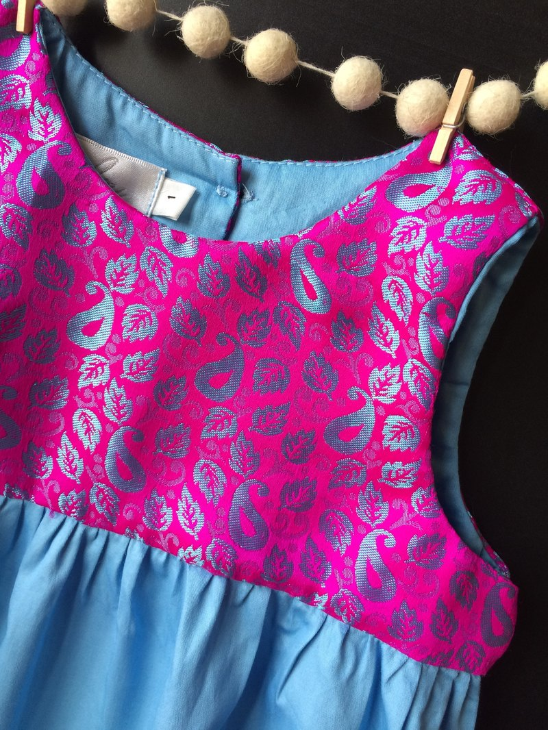 Shiny leaf pink and blue cotton romper