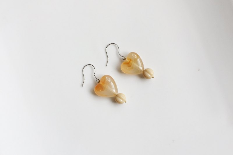 My love milk tea antique beads modeling earrings