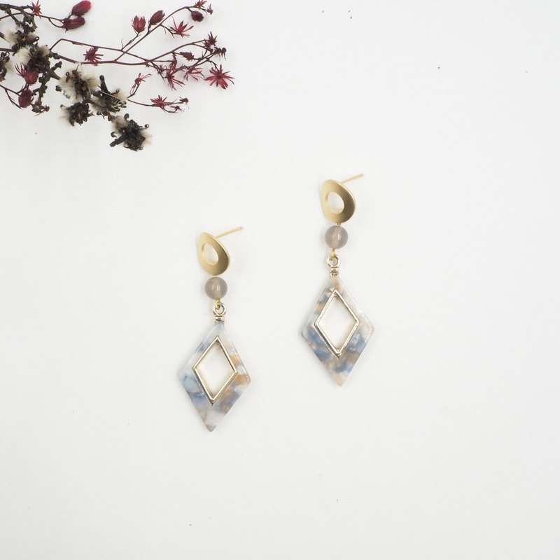 Design section. Gray agate retro diamond shaped earrings