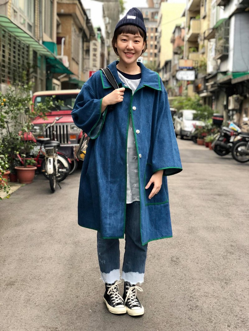 Rim denim cape coat