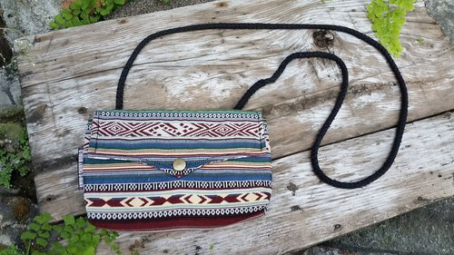 AMIN'S SHINY WORLD custom handmade ethnic lines, wrinkles dishes Seagull Bag buckle cover