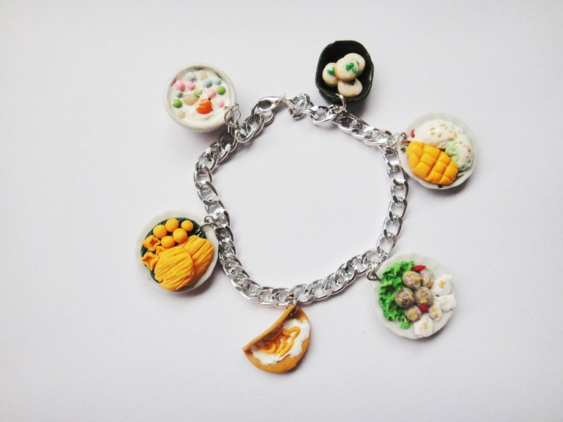 Includes candy bracelet Thailand