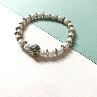 [Da Da Daily]Retro gold flower pearl earrings bracelet