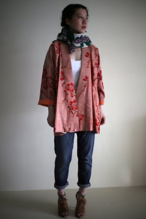 * Plum * ancient Japanese kimono coat to proceed as