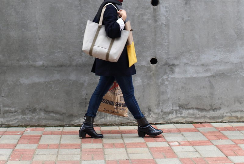 Vertical Stripe Tote Bag-Grey