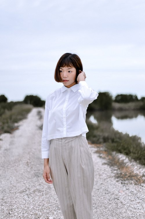 Mani Mina White Summer Crop Shirt Long Sleeve