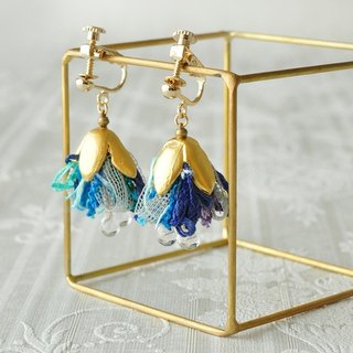 イヤリング/Ribbon tassel earrings/ blue