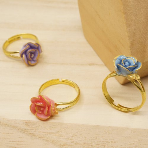 =Dash of Gold= Rose with Hand-painted Golden Edge Ring Customizable