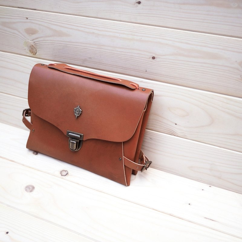 <<Two Face Clutch>> - Bicycle Clutch - Bike Bag - Mahogany