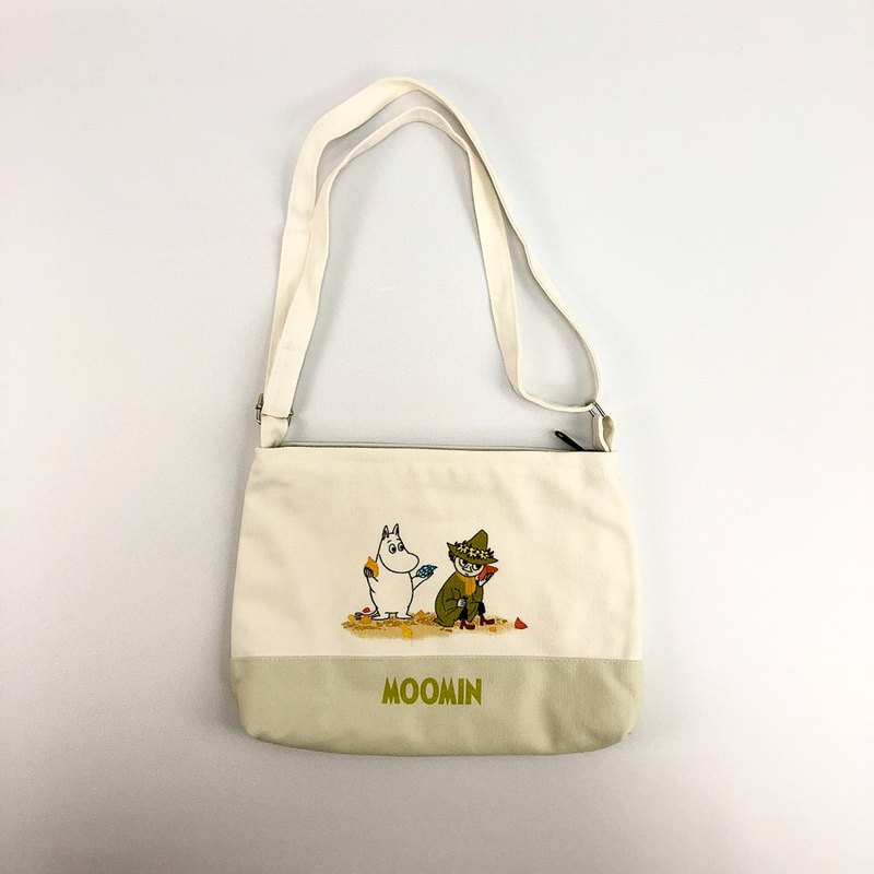 Moomin 噜噜 Mi Authorization-Colorblock Shoulder Bag (White)