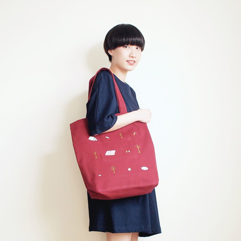 forest camp tote bag : red